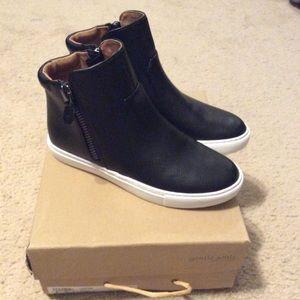 gentle souls Shoes - NIB Gentle Souls leather hi tops. Size 6